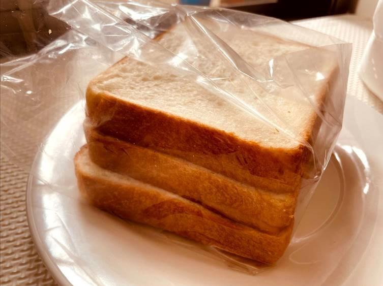 七里食パン