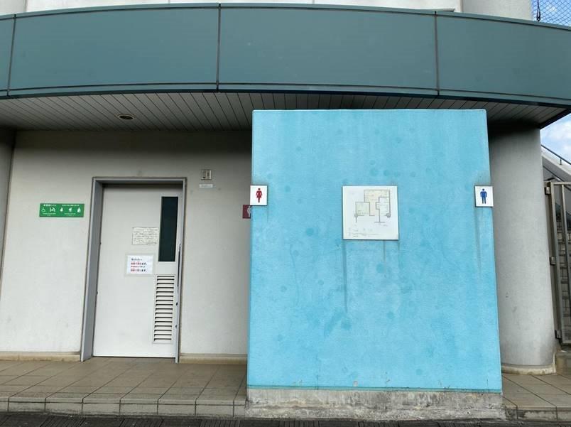 川通公園のトイレ